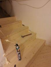 Rivestimento scale in lavorazione.